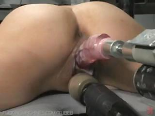 Porno Video of Amateur Brunette Is Trying Out A New Fuck Machine In Her Pussy