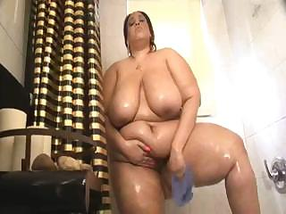 Porno Video of Big Chubby With Big Tits Showers And Shows Off On Her Webcam