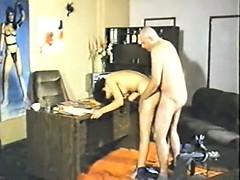Клиент всегда прав порно онлайн