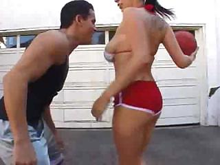 Porno Video of Gianna Michaels Basketball Play