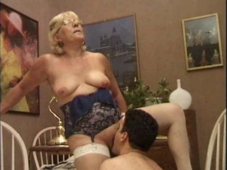 Porno Video of Mature Italian Teacher And The Young Student By Poliu
