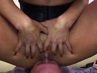 Подборка молодых сисек смотреть порно
