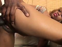 Лизать у старой начальницы порно