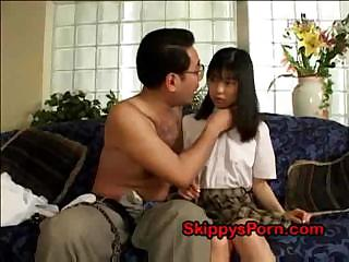 Porno Video of Japanese Schoolgirl Gets Her Pussy Licked By An Older Man