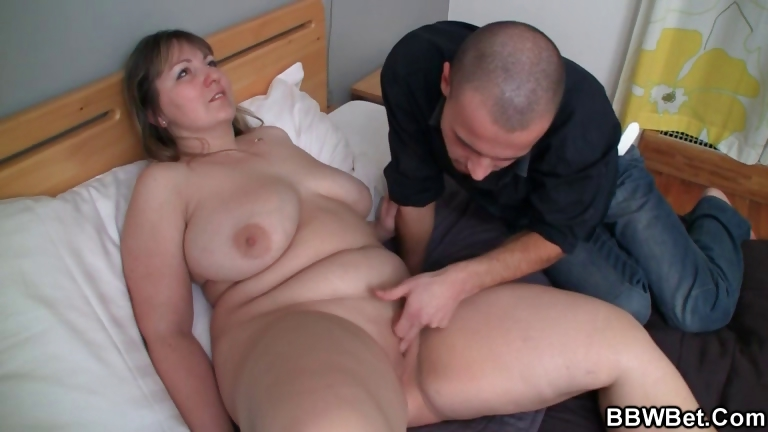 Porno Video of Bbw Chick Is Picked Up And Pussy Fucked