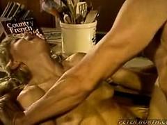 Мужик трахает корову порно