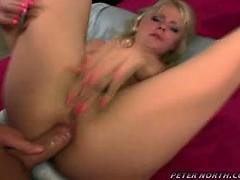 порно видео бесплатно мама с шикарными формоми ебутся с молодым сыном смотреть
