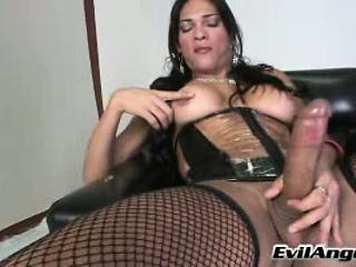 Гина герсон в чулках порно на столе