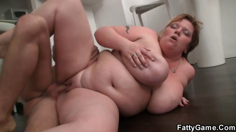 Porno Video of Hot Bbw Sex After A Bottle Of Wine