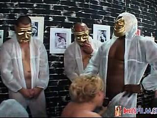 Superstar Shemale Gang Bang 02