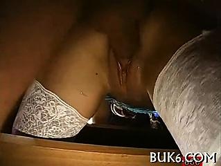 Порно много мужиков жестко ебут