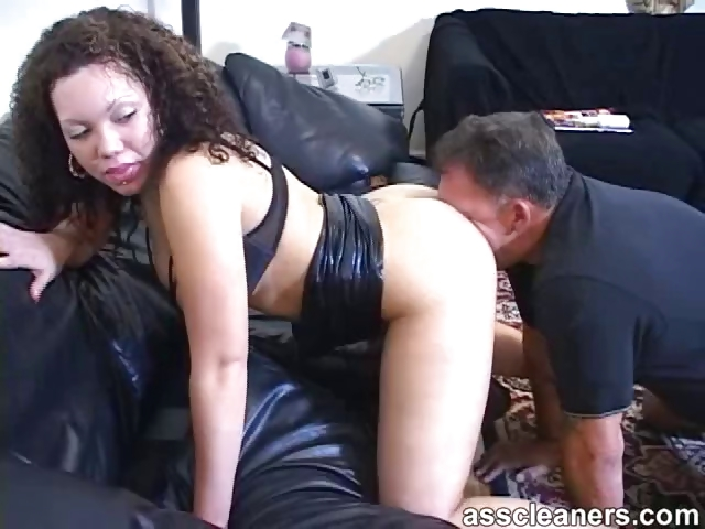 Porno Video of Horny Mistress Demands Man To Lick Her Ass Thoroughly