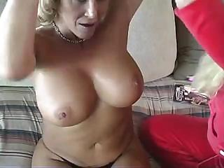 Porno Video of Mature Lesbian Shows Her Younger Lover How To Take Care Of A Pussy