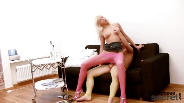 Porn Tube of Teena Finds Out Her Boyfriend Wears Pantyhose And She Sucks