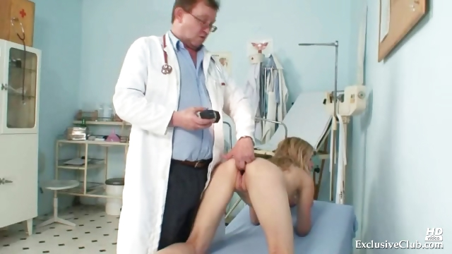 Porn Tube of Sam Visits Gyno Doctor For Pussy Speculum Examination At Kinky Clinic
