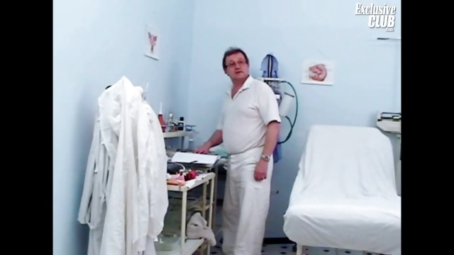 Porno Video of Katie Pussy Gynoclinic Visit For Gyno Speculum Exam