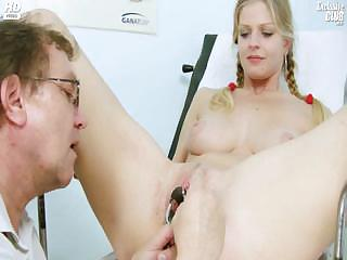 Porno Video of Busty Jenny Extreme Pussy Gaping On Gyno Chair At Kinky Gyno Clinic