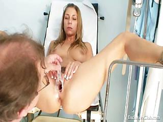 Porno Video of Kira Speculum Vagina Examination By Old Kinky Doctor