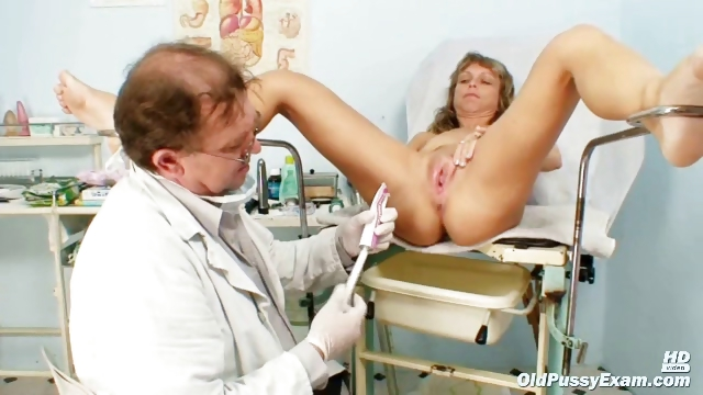 Porno Video of Mature Vladimira Gets Her Pussy Properly Gyno Examined By Kinky Gyno Doctor