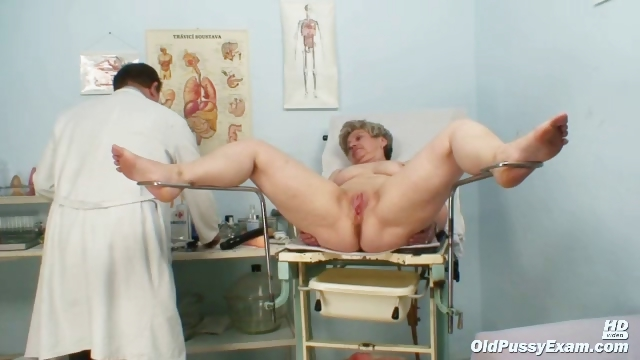 Porno Video of Mature Ruzena Gyno Fetish Clinic Doctor Visit