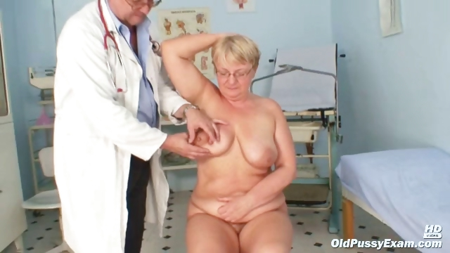 Sex Movie of Fat Mature Radka Gets Real Speculum Exam By Kinky Gyno Docto