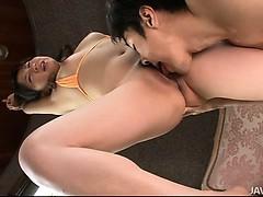 Порно анал крупный план кремпай