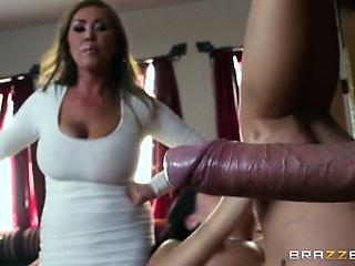 3 Члена в вагине одновременно смотреть порно