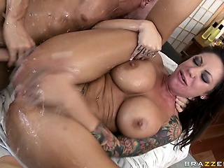 Молодая лесби лижет у старых лесби смотреть порно