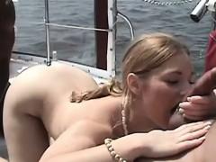 Смотреть онлайн порнофильм с 6 биссексуалами