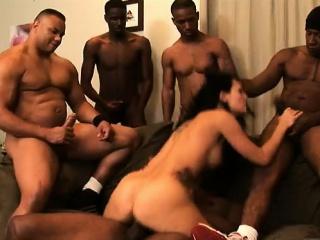Групповой секс молодых порно фото