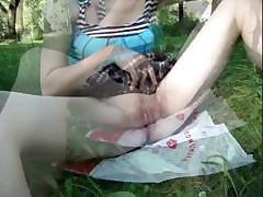 Русская худая с попой девушка трахается