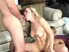 Взаимная мастурбация видео домашнее