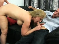 Порно жена присоединилась