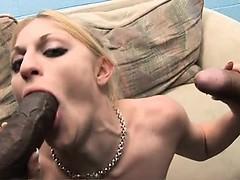 Порно онлайн только лучшее мама трахает дочку