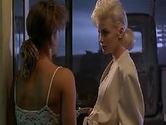 Смотреть онлайн блондинки в латексном белье
