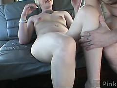 Секс фото и видео лишение девственности