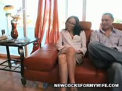 Муж купил жене корсет порно
