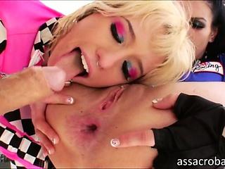 Порно зрелые мастурбация мохнатки