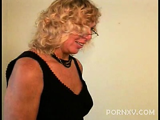 We met Alicia online and this sexy granny sure got our attention. We chatted on the phone a little before we finally had this hot GILF convinced to come over. That was the only difficult part for the moment she arrived, Alicia was willing to do whatever w