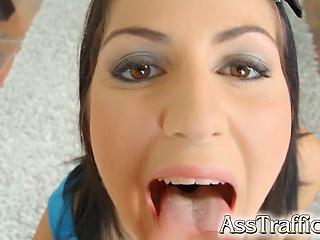 Девушки лижут попки смотреть порно онлайн