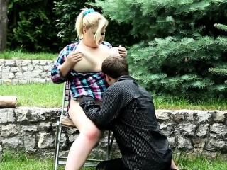 Rebea Knows Hot To Please Her Slave With Queening...
