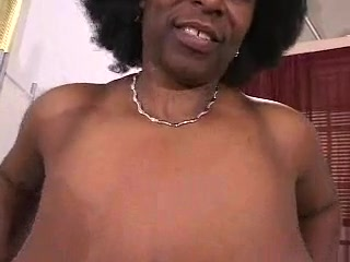 Busty African Mature Has Gigantic Hooters!!
