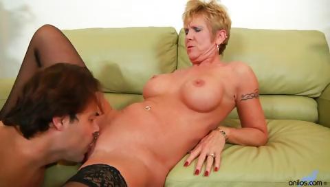 Porno Video of Older Granny Takes Hard Pounding