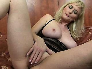 Ебля молодых частное смотреть порно