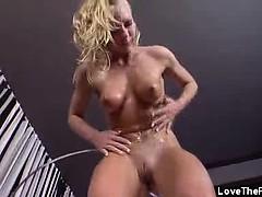 Секс между мамой идочкой видео