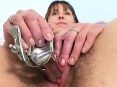 Видео бабы голые драки