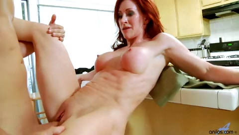 Porno Video of Amateur Redhead Mom Fucked In Heels