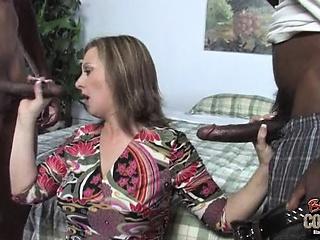 Брюнетки с длинными волосами секс