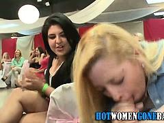 голые девушки в стринга