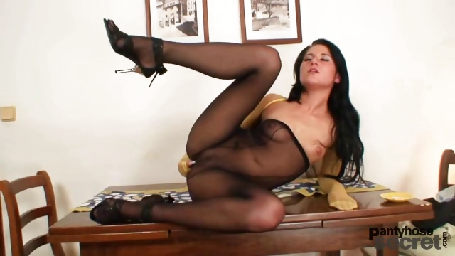 Porno Video of Hot Chick Got Nylon Pantyhose Covered Tits